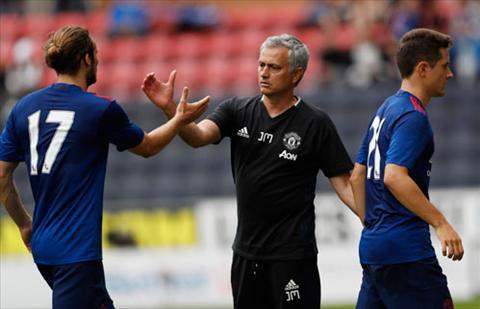 Wigan 0-2 MU Man ra mat nhu y cua Jose Mourinho hinh anh