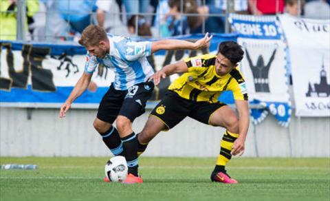 Tong hop 1860 Munchen 1-0 Dortmund (Giao huu he 2016) hinh anh