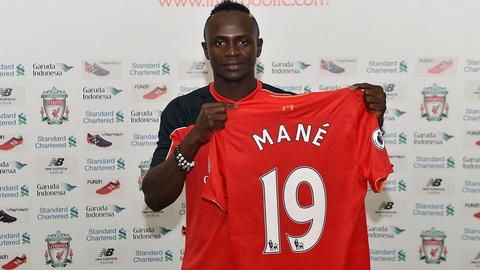 Sadio Mane - Southampton den Liverpool voi gia 36 trieu bang.