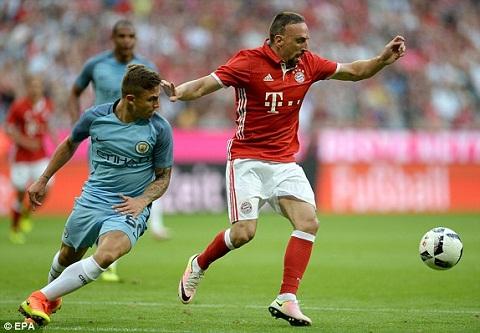 Bayern Munich 1-0 Man City Man ra mat khong thanh cong cua Pep Guardiola hinh anh 2