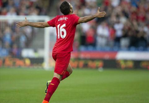 Liverpool hoi hop cho ket luan chan thuong cua Lucas hinh anh