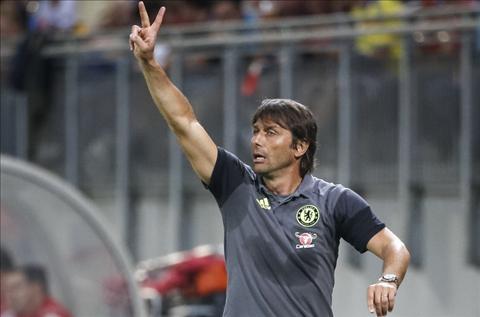 Moi thang giao huu, Conte da mo vo dich Premier League hinh anh