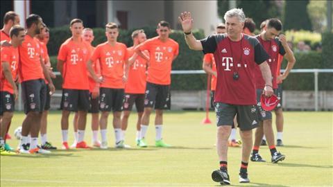 Bayern Munich cua Ancelotti Hum xam hoan thien nhat hinh anh