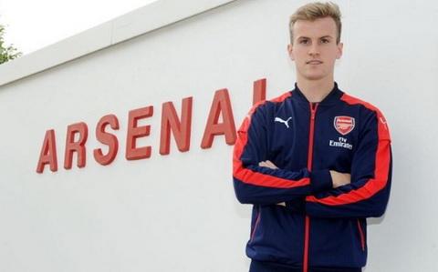 Tim hieu Rob Holding - sao tre moi gia nhap Arsenal hinh anh