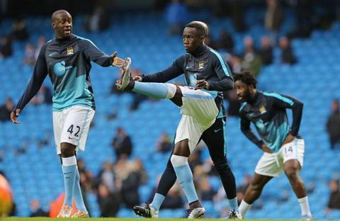 Guardiola dan dat Man City hinh anh
