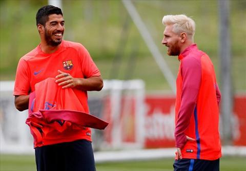 tien dao Lionel Messi hinh anh