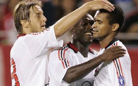 Ancelotti gap lai Milan Bao nhieu nam roi con lai gi hinh anh