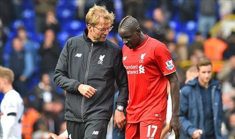 Liverpool het gia tren troi cho trung ve Sakho hinh anh 2