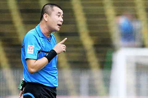 Con trai Vua trong tai Viet Nam bi treo coi o V-League 2016 hinh anh