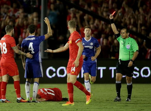 HLV Conte va Fabregas xin loi vi tam the do tran gap Liverpool hinh anh