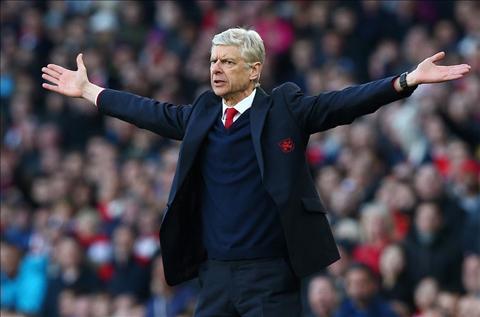 Wenger bac bo yeu sach tu phia tro cung Walcott hinh anh 2