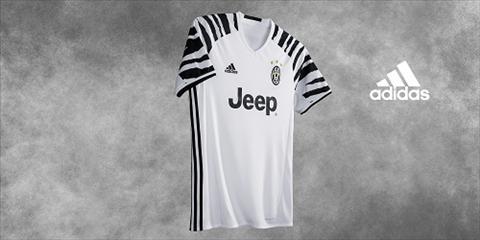 Ngua van Juventus tung ao dau moi mua giai 201617 hinh anh 2