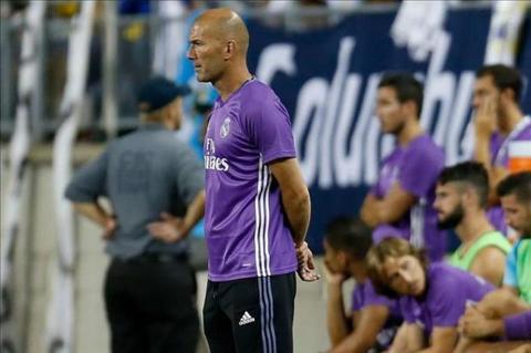 Zidane Mot so ngoi sao co the phai roi Real Madrid hinh anh 2