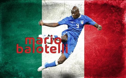 Mario Balotelli: Cho những cái gồng mình quả cảm vì Azzurri