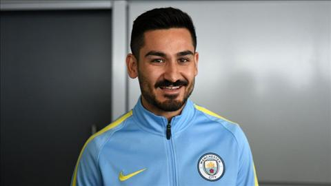Tan binh Gundogan lo so bi Man City tro mat hinh anh