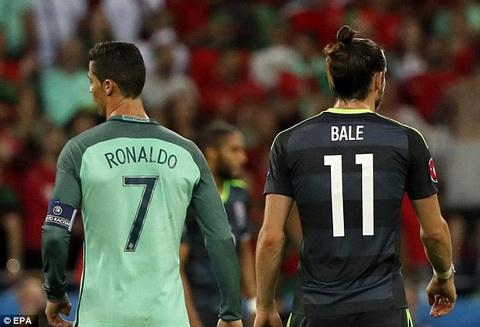Cris Ronaldo va Bale Khi nguoi ta vi dai theo cach khac hinh anh