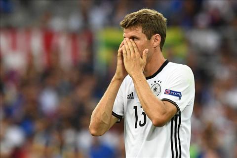Tien dao Thomas Muller bat den xanh cho MU hinh anh