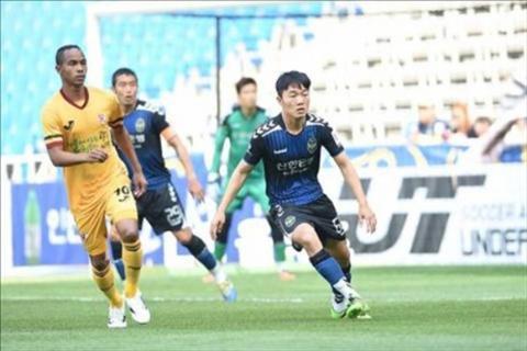 Gwangju FC vs Incheon United 17h00 ngay 108 vong 25 giai VDQG Han Quoc 2016 hinh anh