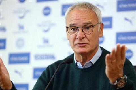 HLV Ranieri buc minh voi nhung cau hoi ve tuong lai Mahrez hinh anh 2