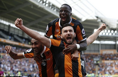 Tong hop Hull City 2-1 Leicester (Vong 1 Premier League 201617) hinh anh