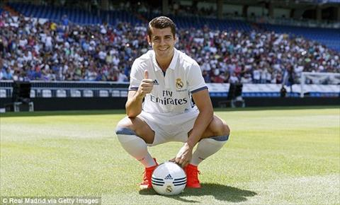 Tien dao Alvaro Morata tuyen bo o lai Real Madrid hinh anh 2