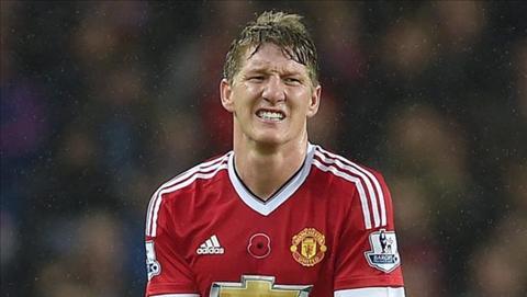 Bastian Schweinsteiger dang trai qua quang thoi gian kho khan tai M.U