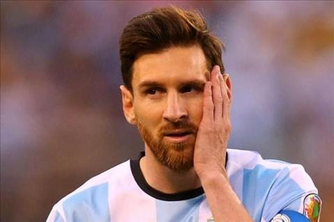 Messi bat ngo tuyen bo se tu gia DTQG sau World Cup 2018 hinh anh