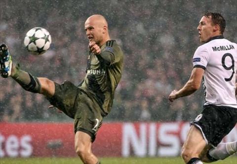 Legia Warszawa vs Dundalk 01h45 ngay 248 (Playoff Champions League 201617) hinh anh