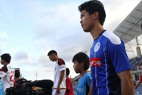 Cong Phuong tiep tuc da chinh, Tuan Anh du bi tai vong 2 Emperor Cup hinh anh 2