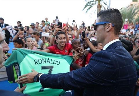Ronaldo khang dinh se tai xuat tai Real cuoi tuan nay hinh anh 2