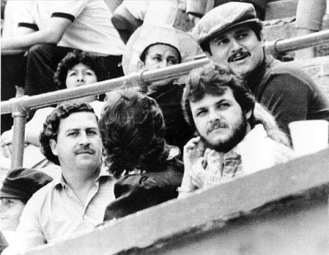 Trum ma tuy Pablo Escobar toi xem Higuita thi dau
