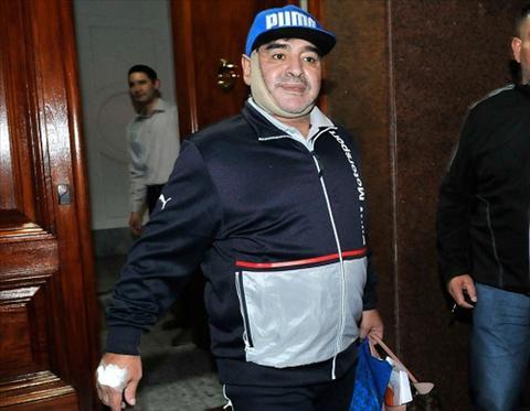 Maradona phau thuat tham my chieu long ban gai hinh anh 2