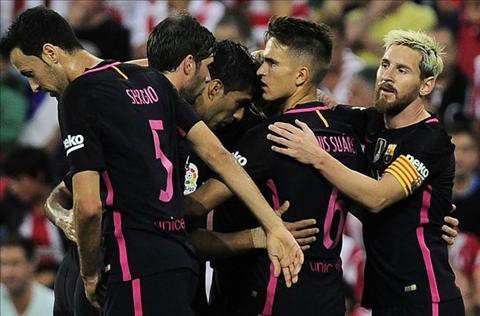 Sao Barca tho phao sau khi thoat phat den truoc Bilbao hinh anh