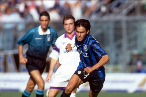 Filippo Inzaghi Ke song tren nhung lan ranh hinh anh 3