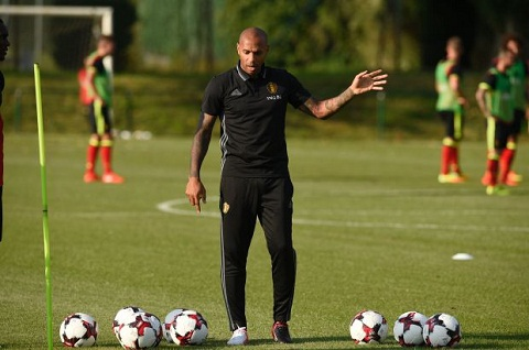 Thierry Henry co buoi tap dau tien cung DT Bi hinh anh 5