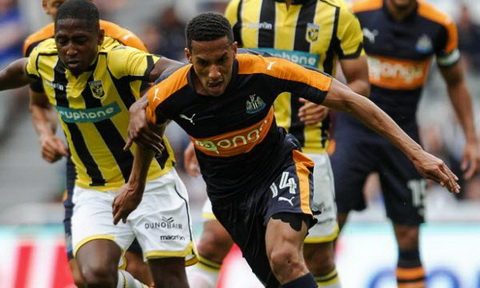 Fulham vs Newcastle United 01h45 ngay 0608 Vong 1 Hang nhat Anh 201617 hinh anh