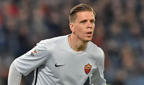 Arsenal chinh thuc day Szczesny tro lai AS Roma.