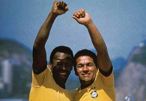 The gioi nho Pele, nguoi Brazil nho Garrincha hinh anh 4