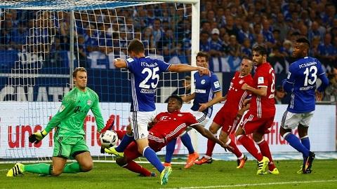 Bayern thang nhe, Ancelotti van chua hai long hinh anh