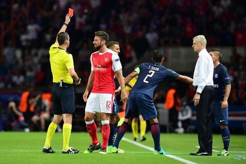 Fan Arsenal keu gao treo gio  Giroud 5 tran hinh anh