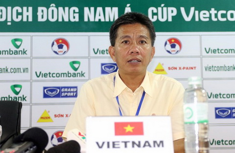 HLV Hoang Anh Tuan kiem diem sau sac hang thu U19 Viet Nam hinh anh
