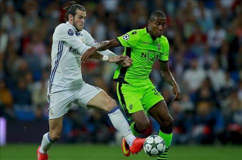 Zidane hai long voi tinh than chien dau cua Real truoc Sporting hinh anh