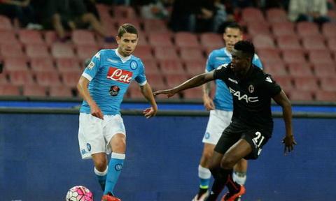 Nhan dinh Napoli vs Bologna 01h45 ngay 1809 (Serie A 201617) hinh anh
