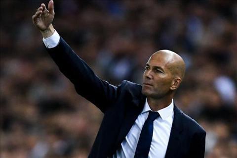 Toa sang tro lai, James bay to su biet on voi HLV Zidane hinh anh 2