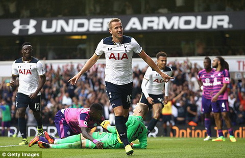 Tien dao Harry Kane co the phai nghi het nam 2016 hinh anh