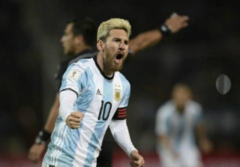 Video clip ban thang Argentina vs 1-0 Uruguay VL World Cup 2018 hinh anh