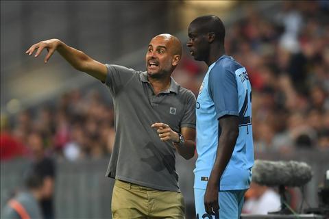 Guardiola hat hui Toure chi vi muon tra thu hinh anh