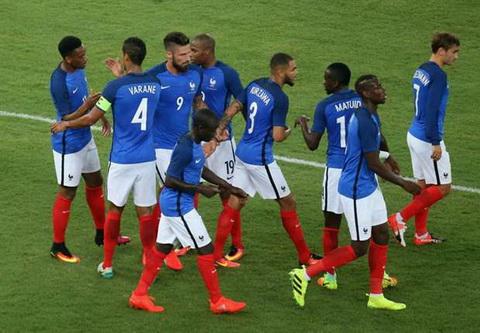 Video clip ban thang Italia vs 1-3 Phap Giao huu quoc te 2016 hinh anh