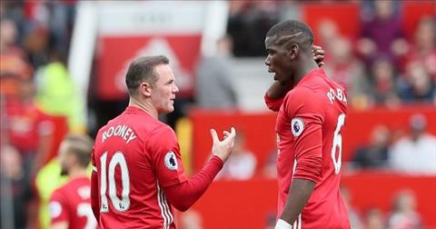 Pogba va Rooney nen doi cho cho nhau! hinh anh