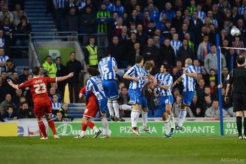 Nhan dinh Brighton vs Reading 01h45 ngay 219 (Cup Lien doan Anh 201617) hinh anh